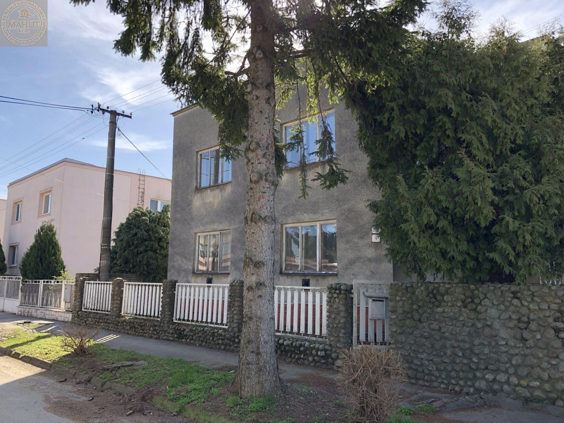 Rodinný dom, Tichá ulica, Trebišov