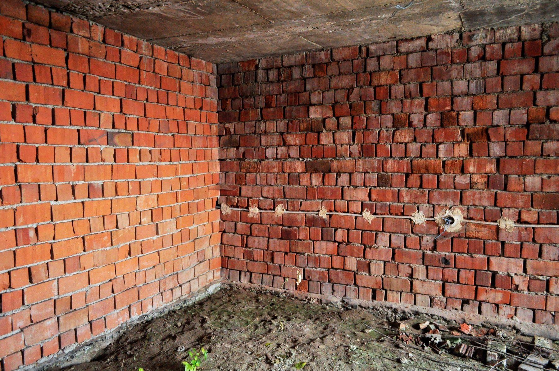 Rozostavaný poschodový dom, Sačurov