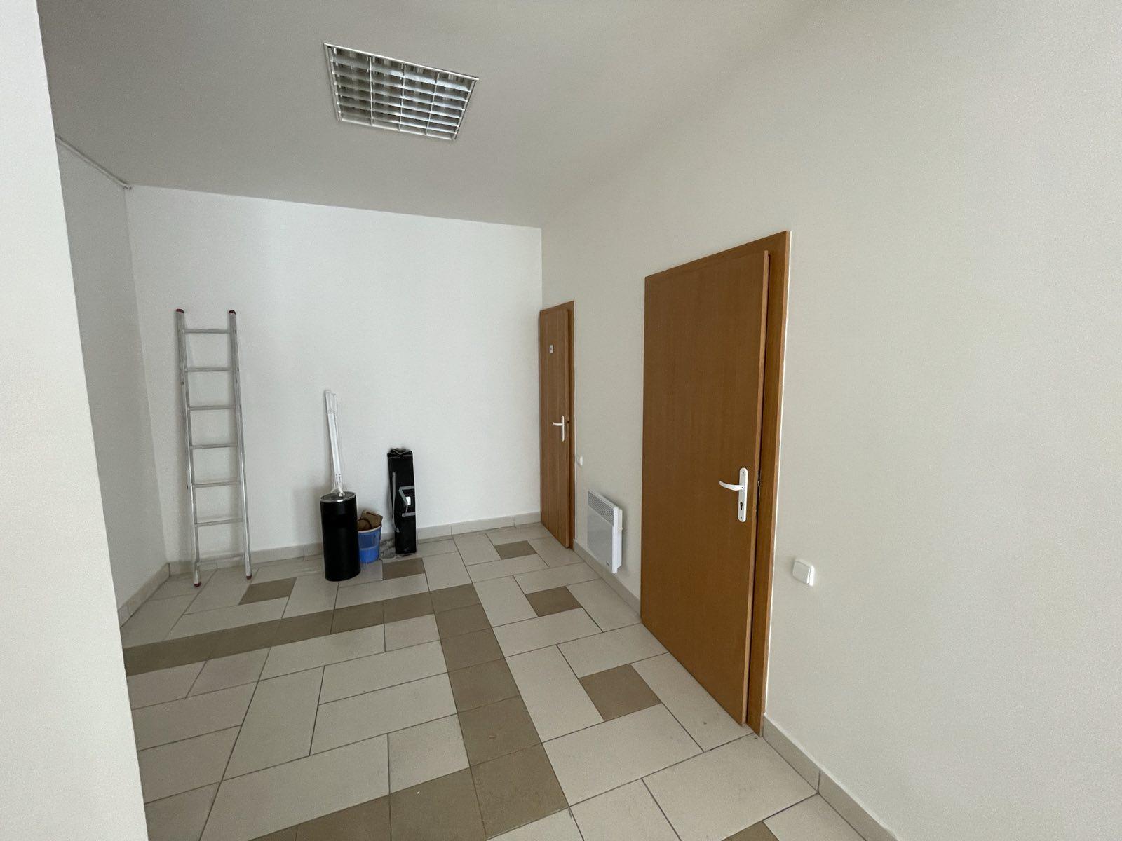 Nájom kancelárskych priestorov, centrum Trebišova